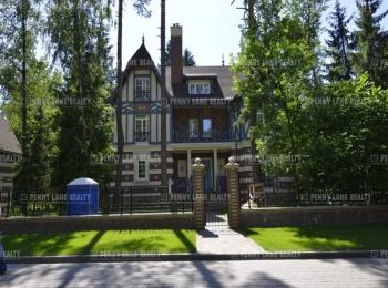 Продается дом за 428 156 600 руб.